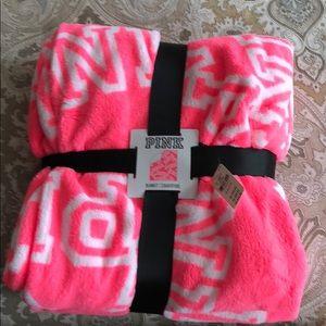 NWT VS Pink blanket